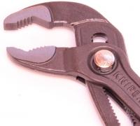 Разводной сантехнический ключ Cobra KNIPEX KN8751250